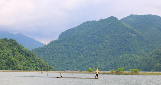 Local fisherman, Ba Be Lakes, Vietnam