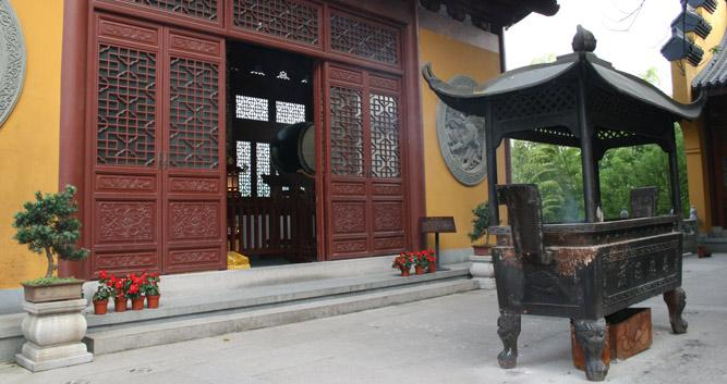 Hangzhou temples in Luxury China Travel