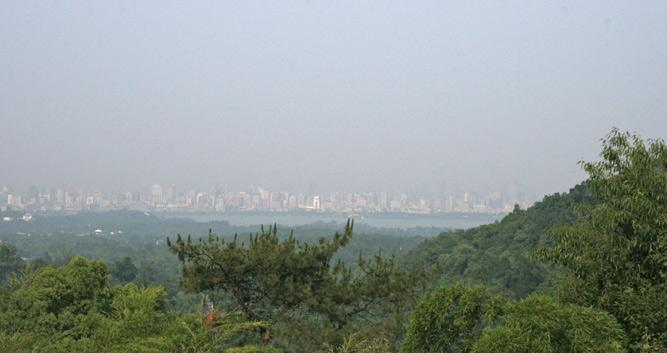 Hangzhou_Westlake_View_From_Temples_In_Luxury_China_Travel
