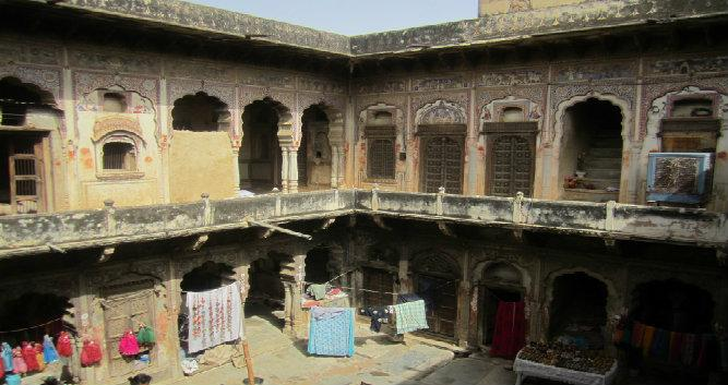Traditional haveli, Alsisar, India