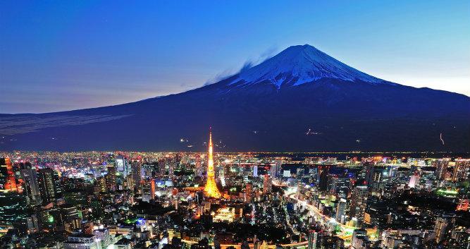 Mount Fuji from Tokyo - Lake Kawaguchi - Luxury Japan Tours