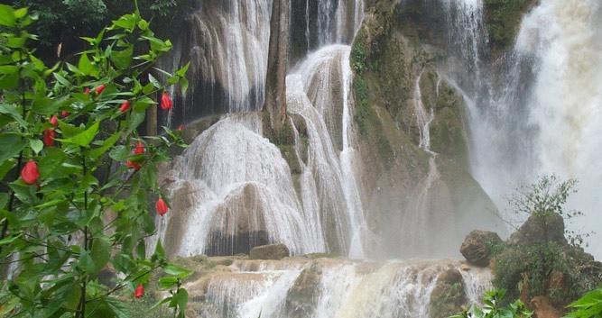 Kuang si waterfalls, Luang Prabang, Laos