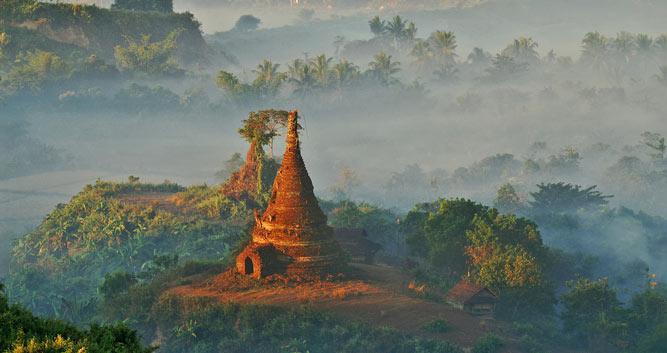 Sunrise-Mrauk-U-Luxury-Burma-Travel