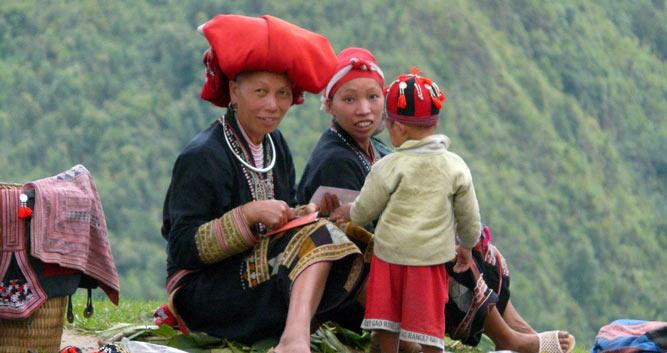Hilltribe ladies making handicrafts, Sapa, Vietnam