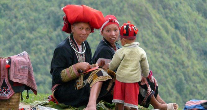 Hilltribe ladies making handicrafts, Sapa, Vietnam
