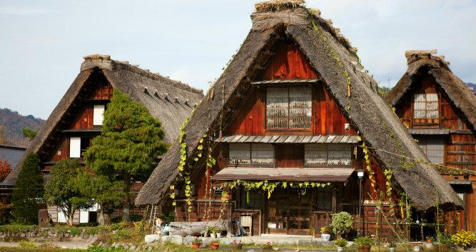 House in historic village - Shirakawa-Go - Luxury Japan Tours