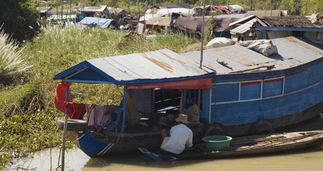 Boats cruising on Tonle Sap Lake, Cambodia