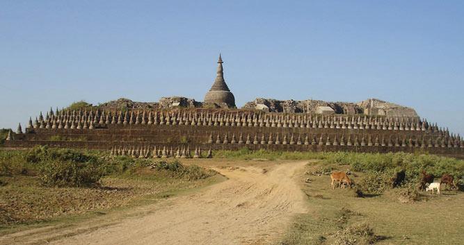 Temple-Mrauk-U-Luxury-Burma-Travel