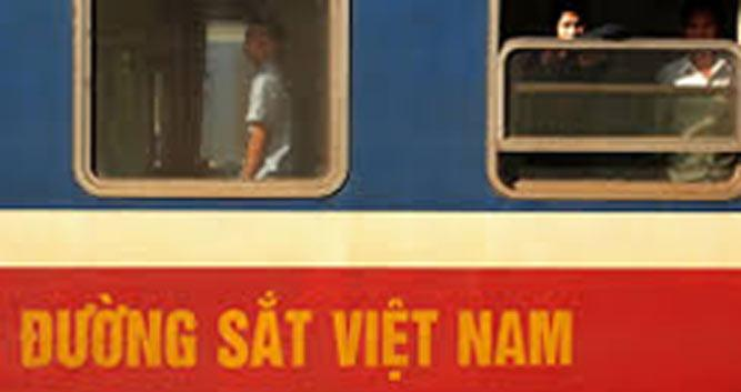 Exterior, Renuification Express train, Vietnam