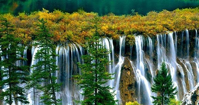 3. Jiuzhai Valley National Park in Sichuan in Luxury China Travel