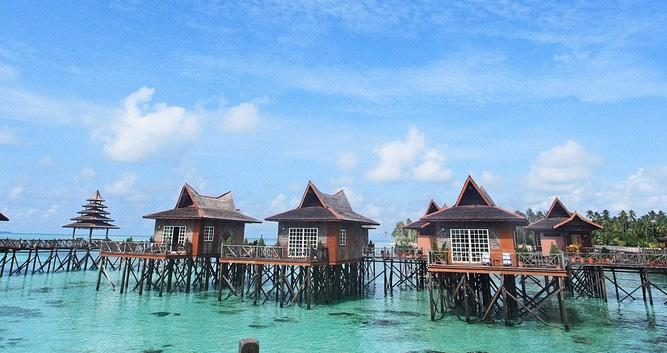 Over water bungalows, Mabul Island Resort, Sabah, Borneo