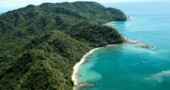 Nicoya's picturesque coastline, Costa Rica